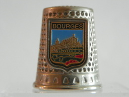 """Dé A Coudre En Métal """" Bourges"""" - Vingerhoeden"""