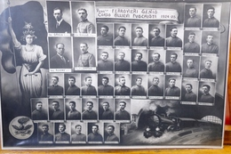 Regg.to Ferrovieri Genio-Corso Allievi Fuochisti 1924 -25-Stupenda Fotografia Su Cartoncino Rigido Cm 26 X 38-Originale- - Photographie
