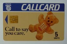 IRELAND - Callcard - Chip - Teddy Bear - Glossy Finish - 5 Units - College Green - Mint - Ireland