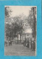 Saint-Dizier. - La Place Du Grand Jardin Et La Statue. - Saint Dizier