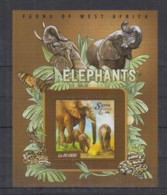 I226. Sierra Leone - MNH - 2015 - Fauna - Wild Animals - Elephants - Bl - Timbres