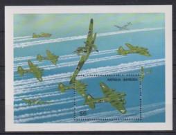 H623. Antigua & Barbuda - MNH - Military - Transport - Airplanes - Militares