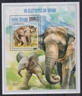 C229. Guinea-Bissau - MNH - 2013 - Nature - Animals - Elephants - Bl. - Timbres