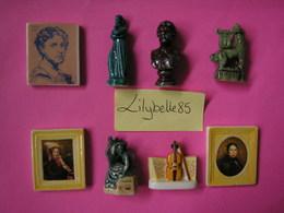 Série Complète De 8 Fèves Perso En Porcelaine MONTAUBAN ( Figurine Miniature Feve ) RARE - Région