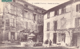 CPA 84 @ CAROMB - Fontaine De La Place En 1910 - Autres Communes