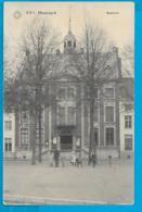 Maaseik - Stadhuis - Maaseik