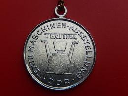 Medaille DDR - TEXTILMASCHINEN  TEXTIMA - Non Classés
