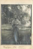 MILITARIA  Un Poilu  Photo Collée Sur Franchise Militaire Campagne 1914.15  2scans - Documents