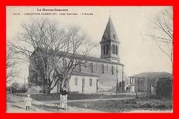 CPA (31) LABASTIDE-CLERMONT.  L'Eglise, Animé...A636 - France