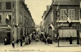 25 PONTARLIER / LA RUE DE LA GARE / A 426 - Pontarlier