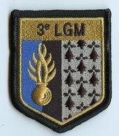 ECUSSON TISSU DE BRAS - 3e LEGION GENDARMERIE MOBILE - DOS SCRATCH - NEUF EN SACHET - Police & Gendarmerie