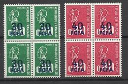 Réunion  Poste N° 429  Et 430  En Blocs De 4  Neufs  * * TB  = MNH  Marianne De Becquet    ....soldé  à Moins De 20 % ! - 1971-76 Marianne Of Béquet