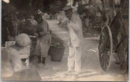 CARTE PHOTO - 17 ILE D'OLERON - Dégustation Des Huitres Chez Mad Ors - 1920 - Ile D'Oléron