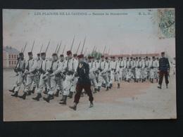 Ref5786 CPA Animée Plaisirs De La Caserne - Rentrée De Manoeuvres ELD 1906 - Militaria - Militares