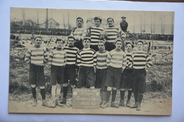 Groupe De Joueurs-Jeunesse De CREPY-1° Equipe-champion De L'oise 1908-1909-marque Sur Une Ardoise Posee Devant Le Groupe - Crepy En Valois