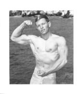 PHOTO HOMME  CULTURISME CULTURISTE FORMAT  12 X 10 CM - Sports