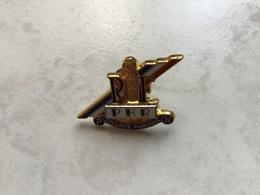 RARE Pin's Double Moule Clou Serti P H R Police Nationale SÉCURITÉ PUBLIQUE RF - Polizia