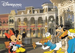 Postcard Disneyland Paris Main Street USA Mickey Mouse Donald Duck & Goofy My Ref  B23564 - Disneyland