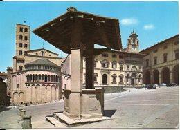 AREZZO - Piazza Vasari E Palazzo Di Badia - Arezzo
