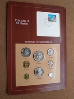 REPUBLIC OF SEYCHELLES ( From The Serie Coin Sets Of All Nations ) Card 20,5 X 29,5 Cm. ) + Stamp '82 ! - Seychelles