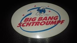 Autocollant Parc Big Bang Schtroumph N° 2 A Metz - Autocollants