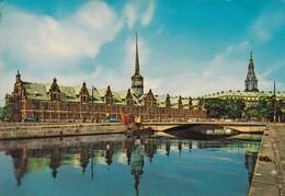 COPENHAGEN THE EXCHANGE AND CHRISTIANSBORG PALACE. CIRCULEE 1975 A ISRAEL BANDELETA PARLANTE - BLEUP - Danemark