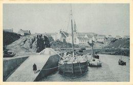 Ouessant (Finistère) - Vue Sur Le Port, Bateau à Quai - Série Hélio - Carte Non Circulée N° 6029 - Ouessant