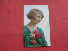 RPPC  Female With Green Dress & Flowers-- Made In France         Ref 3320 - Fashion