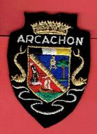 ECUSSON BRODE ARCACHON DEPARTEMENT GIRONDE - Stoffabzeichen