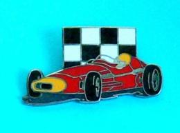 1 PIN'S //  ** FERRARI 500 F2 ** . (Démons & Merveilles) - Ferrari