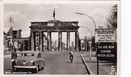 DUITSLAND Ca. 1960 Berlin Grenzübergang BrandenburgerTor Z/w  Blanco - Douane