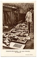 *** CPA - 87 - Oradour Sur Glane - On Essaie D'identifier Les Cadavres - Oradour Sur Glane