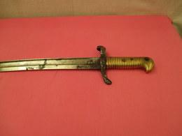 Vieille Baionette  A Nettoyer Vendu Dans L'etat - Armes Blanches