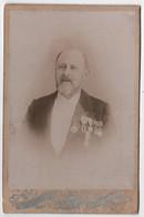 Photo Originale Cabinet XIXème Homme Nombreuses Décorations Politique ? Militaria ? Noblesse ? Par Victor Pinson Brest - Antiche (ante 1900)