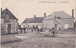 CPA - LIGNIERES - La Grande Place - France