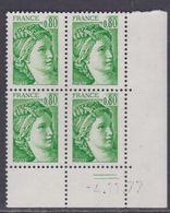 France N° 1970 Type Sabine : 80 C. Vert En Bloc De 4 Coin Daté  Du 4 . 11 . 77 ;  2 Traits, Sans Charnière, TB - 1970-1979