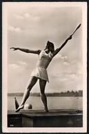 C4911 - Foto AK - BDM - Deutsche Gymnastik Aus Der Hinrich Medau Gymnasium - Jutta Selle Berlin - Pretty Young Women - Fotografia