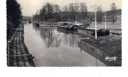 CPSM -  Lay-Saint-Rémy (Meurthe Et Moselle) Le Large  - Garage Des Péniches. - Houseboats