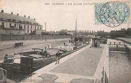 59 Cambrai Les Ecluses Cantinpre Cpa Carte Animée Cachet Cambrai 1906 Peniche - Cambrai