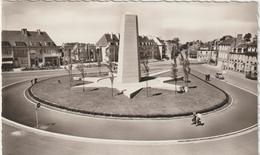 R : Manche  :  AVRANCHES :  Monument  Patton - Avranches