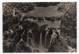 1957 YUGOSLAVIA, CROATIA, PLITVICE LAKE, NATIONAL PARK, WATERFALL, USED ILLUSTRATED POSTCARD - Croatia