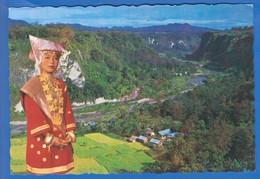 Indonesien; Minangkabau Girl; West Sumatra - Indonesien