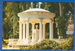 Indonesien; Kebun Raya Bogor; A Memorial To Madame Raffles - Indonesien