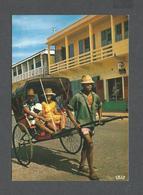 MADAGASCAR - AFRICA - AFRIQUE - LE POUSSE POUSSE - PHOTO HOA-QUI - Madagascar