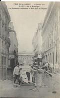 Cpa Paris, Inondations 1910, Rue De Bourgogne, Construction D'un Pont Par Les Pontonniers - Inondations De 1910