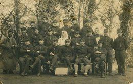 Carte-Photo 61 ARGENTAN 1914 Hôpital Militaire Groupe Convalescents - Guerra 1914-18