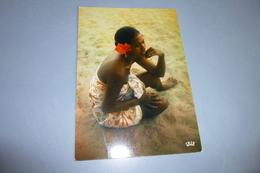 BELLE FEMME  SUR UNE PLAGE...TAHITI ...FILLE DE TAHITI - Pin-Ups