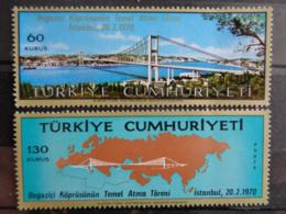 TURQUIE 1970 Y&T N° 1931 & 1932 ** - PONT SUR LE BOSPHORE - 1921-... République
