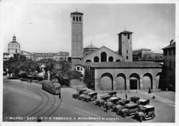 """0459 """"MILANO BASILICA DI SANT'AMBROGIO E MONUMENTO AI CADUTI"""" TRAMWAY ED AUTO ANNI '20. CART. ORIG. SPED. 1934 - Milano"""