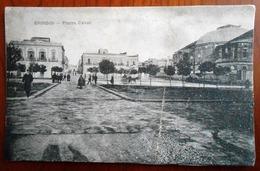 PUGLIA - BRINDISI - PIAZZA CAIROLI Formato Piccolo - Non Viaggiata - Anni 10/20 - Condizioni Buone - Brindisi